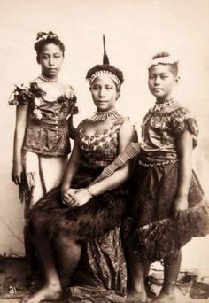 Studio portrait of Samoan woman and two girls. Attributed to Thomas Andrew. Late 19th century