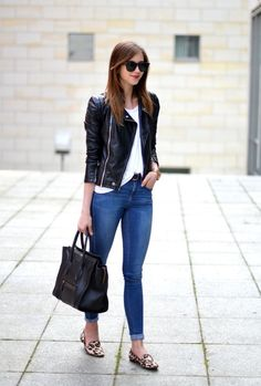 Stylish outfit idea to copy ♥ For more inspiration join our group Amazing Things ♥ You might also like these related products: - Jeans ->. Classy Outfits, Stylish Outfits, Beautiful Outfits, Fashion Outfits, Womens Fashion, Girly Outfits, Fashion Clothes, Fashion Trends, Nyc
