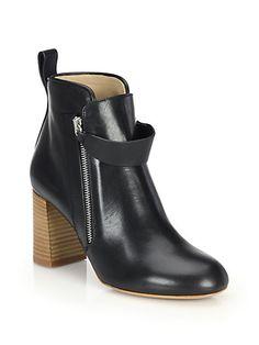 CHLOÉ Iumi Leather Booties