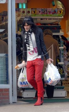 i love a man who can dress like this just to go grocery shopping. (noel fielding)