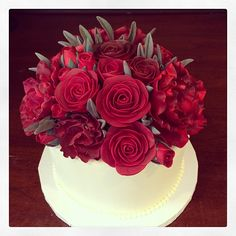 Red roses birthday cake. Just so pretty! Photo by Sugar Flower Cake Shop. www.sugarflowercakeshop.com