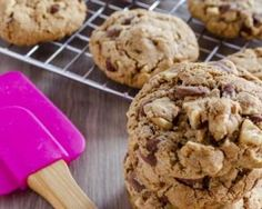 Cookies sans gluten : http://www.fourchette-et-bikini.fr/recettes/recettes-minceur/cookies-sans-gluten.html