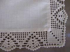 Risultati immagini per croche em linho Crochet Borders, Filet Crochet, Irish Crochet, Crochet Towel, Crochet Doilies, Crochet Lace, Crochet Designs, Crochet Patterns, Crochet Angels