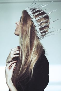 a tinsel holiday crown!