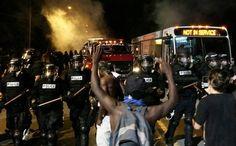 Βίαιες συγκρούσεις στη Β. Καρολίνα μετά τον φόνο Αφροαμερικανού