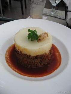 Keen Eye for Shepherd's Pie - Raglan Road Pub and Restaurant