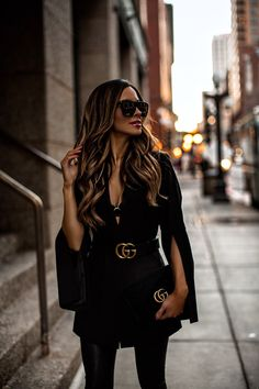 Winter Date Night - Gucci Belt - Ideas of Gucci Belt - All black outfit that transitions from day to night. Classy Outfits, Chic Outfits, Trendy Outfits, Fall Outfits, Fashion Outfits, White Blazer Outfits, Black Outfits, Black Jeans Outfit Night, All Black Outfit For Party