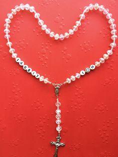 🎁🎁🎁 #neu #personalisierterRosenkranz #Weihnachtsgeschenk #novo #krunicasaimenom #božićnipoklon #mojihrukudjelo Home Art, Diamond, Jewelry, Jewlery, Jewerly, Schmuck, Diamonds, Jewels, Jewelery