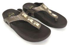 Skechers 10 Metallic Bronze Platinum Jewels Platform Sandals Flip Flops 38736 #Skechers #FlipFlops #Casual