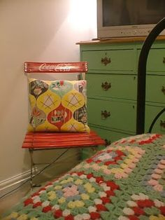 green vintage bedroom - maybe it's time to give my dresser a facelift