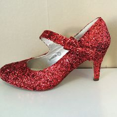 Wizard of Oz shoes  Dorothy Ruby Slippers  by HappilyEverAfterB