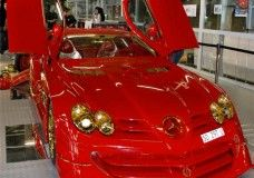 Bling Car: Mercedes SLR McLaren With 500 Rubies And 24K Gold