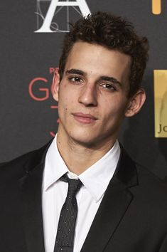 Miguel Herran Photos - Spanish actor Miguel Herran attends the candidates to Goya Cinema Awards 2016 dinner party at the Cibeles Palace on January 26 2016 in Madrid Spain. - Candidates to Goya Cinema Awards 2016 Dinner Party Netflix Series, Series Movies, Tv Series, Hot Actors, Actors & Actresses, Orphan Black, Photos Des Stars, Funny Jokes To Tell, Hollywood