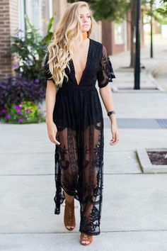 Bombshell Lace Maxi Dress