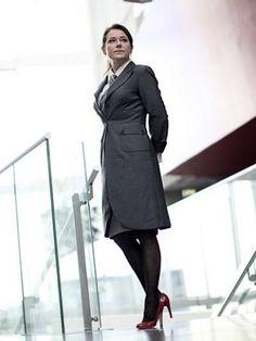 brigitte NYBORG http://mskstatic.com/386/515/medias/photos/programmes/moins_de4560000/4537403/borgen-une-femme-au-pouvoir.jpg