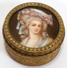 A vintage portrait of the Princesse de Lamballe on porcelain.