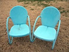 Our old motel chairs were looking tired. The paint was oxidized and there were some rusty spots popping up. It was time for them to be repai. Metal Patio Chairs, Outdoor Chairs, Shades Of Turquoise, Shades Of Blue, Dillon Beach, Lawn Furniture, My Favorite Color, Favorite Things, Lush Green
