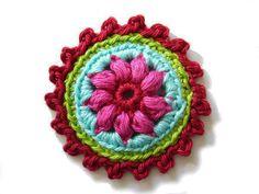 Häkelapplikationen - ○ Rosette ○ - ein Designerstück von crochet bei DaWanda