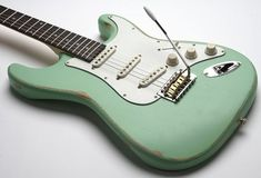 Slick Aged Surf Green Solid Ash Alnico Pickups Our pal Earl Slick tore the roof off the Brit Awards. Check out Slick and his STOCK Slick at in this clip. Fender Electric Guitar, Fender Guitars, Cartoon Network Adventure Time, Adventure Time Anime, Pickup Covers, Hand Massage, Unique Guitars, Old Pickup, New York Studio