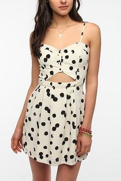 DV By Dolce Vita Silky Cutout Adisa / Urban Outfitters - $121