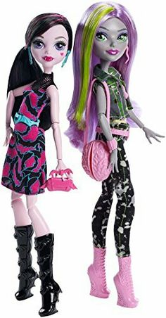 Welcome To Monster High - Draculaura and Moanica D'Kay