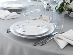The groom's seat - White and Blue Elements
