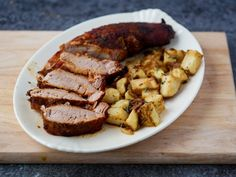 Air fryer pork tenderloin is a delicious weeknight dinner. The air fryer makes the outside crisp and brown while leaving a tender juicy interior. Air Fryer Recipes Chicken Breast, Air Fryer Recipes Pork, Air Fryer Dinner Recipes, Fried Pork Tenderloin, Pork Tenderloin Recipes, Roast Recipes, Rolled Pork Roast, Bacon, Air Fried Food