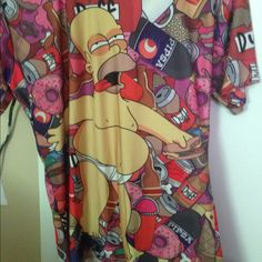 Drunk Homer Simpson Tee Graphic Tee. Never Worn But I Took The Tag Off When I Got It. It Fits Oversized But The Tag Says Medium. And It's A Really Nice Kind Of Silky Fabric. Tops Tees - Short Sleeve