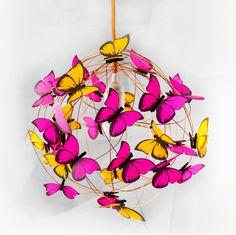 Lámparas colgantes - Lampara con mariposas fluo naranjas y fucsias - hecho a mano por Marcela-Delacroix en DaWanda