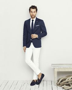 Navy Blue Blazer Jacket, White Pants, White Shirt, Navy Blue Knit Tie