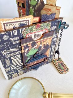Stand and Mini Album Master Detective by Marina Blaukitchen Product by Graphic 45 photo 9.jpg