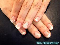 ベージュに白の王道フレンチ french nail white to beige