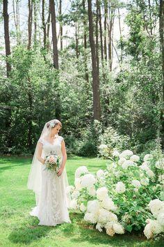 vintage bridal shoot #bridalshoot @weddingchicks
