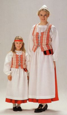 Folk Costume, Costumes, Frozen Costume, Folk Clothing, Tribal Dress, Girl Scouts, Traditional Dresses, Nostalgia, Culture
