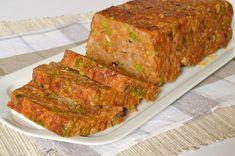 Hozzávalók   1 kg darált sertéshús  15 dkg zöldborsó  15 dkg gomba (itt barna csiperke)  1 kisebb vöröshagyma  2 tojás  5 púpozott e...