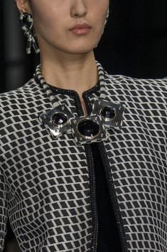 Armani Privé at Couture Fall 2016 - Details Runway Photos