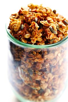 TAHINI GRANOLAThis tahini granola recipe is easy to make, perfectly crispy and clumsy and packed with the finest sweet and savory flavors. Looking for a fun new twi. Breakfast Basket, Breakfast On The Go, Tofu Recipes, Cooking Recipes, Cooking Tips, Sauce Tahini, Peanut Butter Granola, Ramadan Recipes, Homemade Cheese