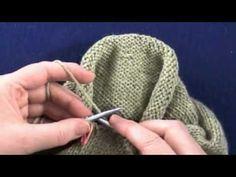 shaping a sleeve cap with short rows discussion ile ilgili görsel sonucu Knitting Short Rows, Knitting Stiches, Knitting Videos, Crochet Videos, Easy Knitting, Knitting Help, Knitting Designs, Knitting Projects, Crochet Projects
