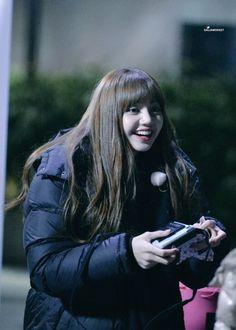 South Korean Girls, Korean Girl Groups, Lisa Hair, Lisa Blackpink Wallpaper, Blackpink Memes, Jennie Kim Blackpink, Free Thinker, Blackpink Lisa, Female Singers