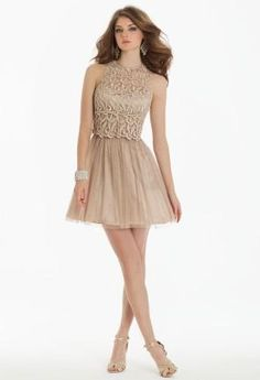 Short Lace Dress with Key Hole Back   Camillelavie.com #shortdress #lace #pretty #camillelavie #fashion #style