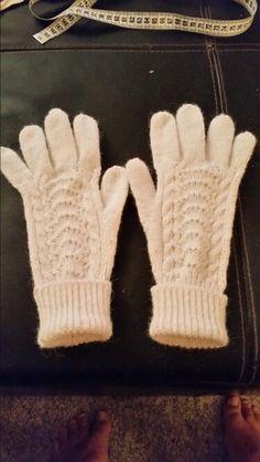Romeriksvanter My Ancestors, Kids Outfits, Gloves, Costumes, My Love, Children, Women, Clothes For Kids, My Boo