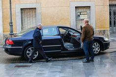 Mi blog de noticias: El líder del PP de Almería vendió seis coches a su...