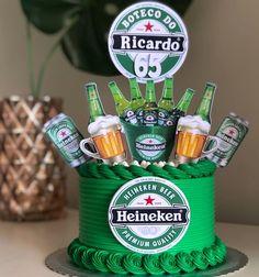 Beer Birthday Party, Birthday Cake For Him, 21st Birthday, Cake Decorating Techniques, Cake Decorating Tutorials, Alcohol Infused Fruit, Liquor Cake, Alcohol Cake, Bottle Cake