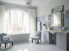 Charlotte House Wie Sie sich wahrscheinlich vorstellen können, können wir nicht genug bekommen von der Suche nach neuen Designern zu reden!  Aber es gibt einige, die haben für immer ein Platz in unseren Herzen haben, deren Arbeit, die wir lieben, zu Ohnmacht über Tag nach Tag, Jahr nach Jahr,... - #Bad, #Badezimmer, #Bau, #Bauen, #Dekor, #Dekorationen, #Dekorieren, #Design, #Designs, #Haus, #Hausbau, #Hause, #Häuser, #Home, #Howard, #Ideen, #Interieur, #Meubles, #Möbel,