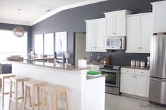 Painting My Kitchen Walls White - Kitchen Photos Collections Refacing Kitchen Cabinets, White Kitchen Cabinets, Kitchen Redo, Home Decor Kitchen, Kitchen Remodel, Decorating Kitchen, Kitchen Ideas, Painting Kitchen Tiles, Paint For Kitchen Walls
