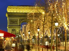 Christmas-in-Paris-70054