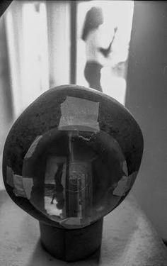 """A Galeria do Ateliê apresenta de 2 de agosto a 27 de setembro a exposição coletiva """"Obscura: algumas câmeras e suas imagens"""",  com entrada franca."""
