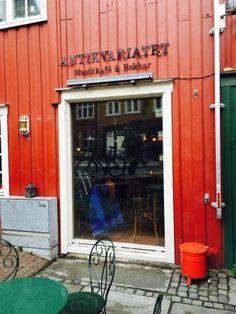 ANTIKVARIATET Trondheim, Trip Advisor, Restaurant, Decor, Dekoration, Decoration, Diner Restaurant, Restaurants, Dining