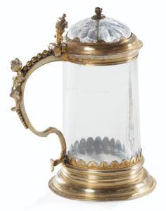 Petite chope en cristal de roche montée en vermeil vers 1680 - Sotheby's