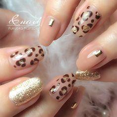 Pin on Nageldesign - Nail Art - Nagellack - Nail Polish - Nailart - Nails Pin on Nageldesign - Nail Art - Nagellack - Nail Polish - Nailart - Nails Nail Ring, Nail Manicure, Nail Polish, Manicure Ideas, Silver Nails, Nude Nails, Shellac Nail Colors, Natural Nail Designs, Nail Designs